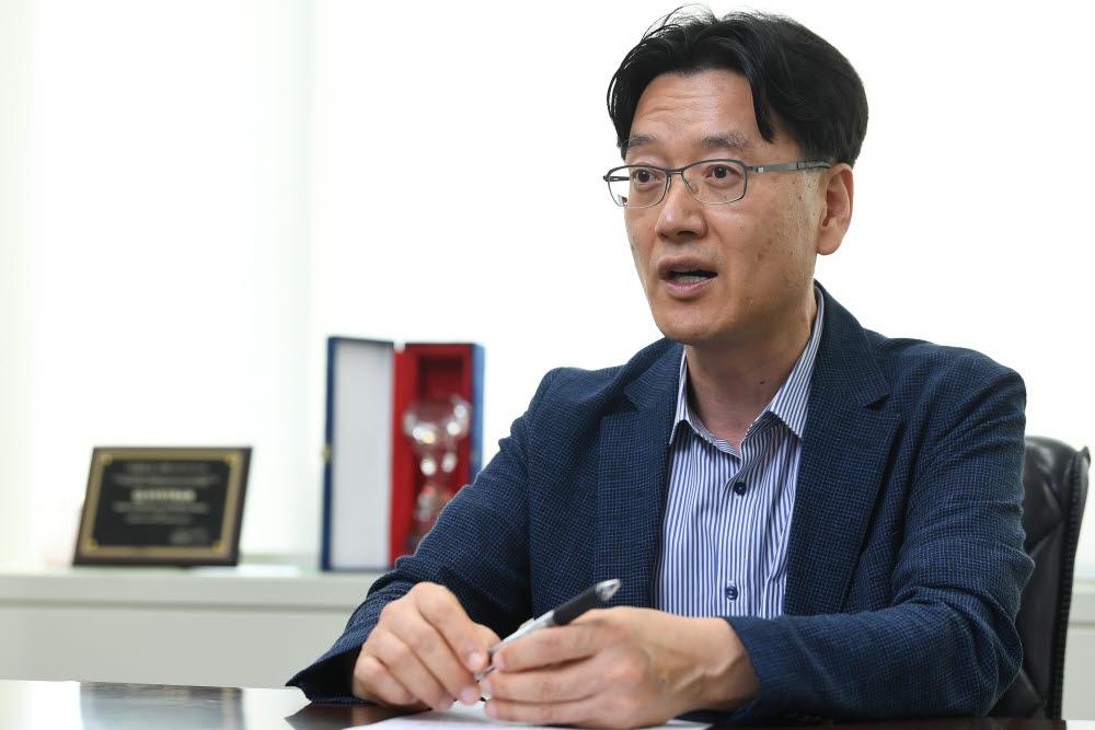 김우균 엘솔루(구 시스트란인터내셔널) 대표